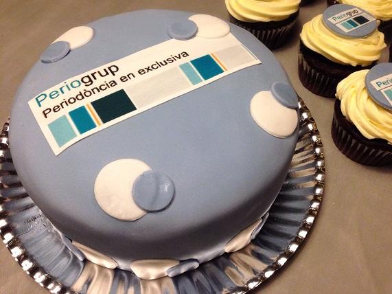 tarta fondant tarta corporativa papel comestible