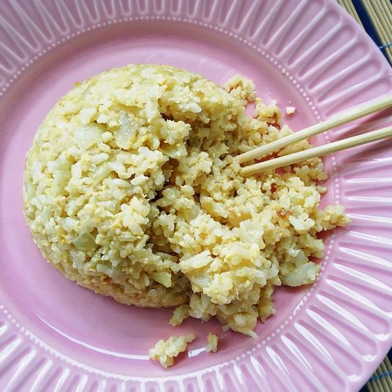 arroz frito con huevo